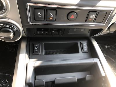 2021 Nissan Titan 4x4, Pickup #U511168 - photo 27