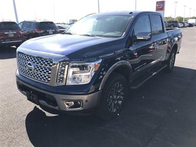 2019 Titan Crew Cab 4x4, Pickup #U514129 - photo 6