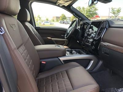 2021 Nissan Titan 4x4, Pickup #U526473 - photo 19