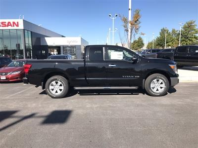 2019 Titan King Cab 4x4, Pickup #U531296 - photo 3