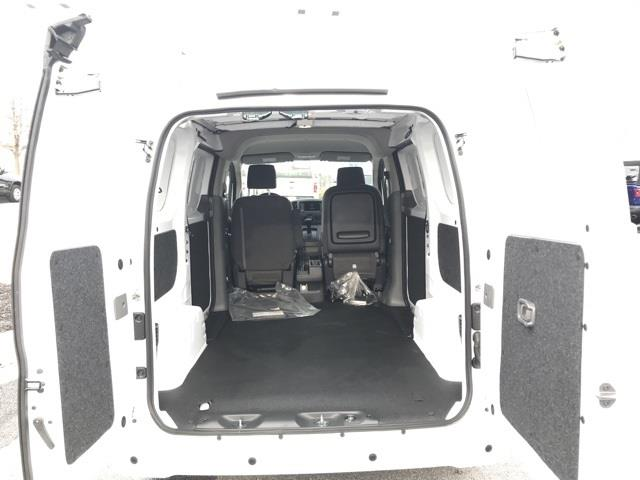 2021 Nissan NV200 4x2, Empty Cargo Van #U691183 - photo 1