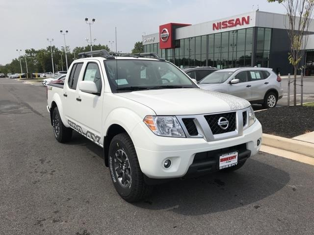 2020 Nissan Frontier Crew Cab 4x4, Pickup #U704807 - photo 1