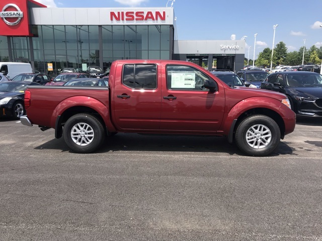 2019 Frontier Crew Cab 4x4,  Pickup #U756342 - photo 3