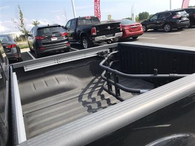 2019 Frontier Crew Cab 4x4, Pickup #U759147 - photo 11
