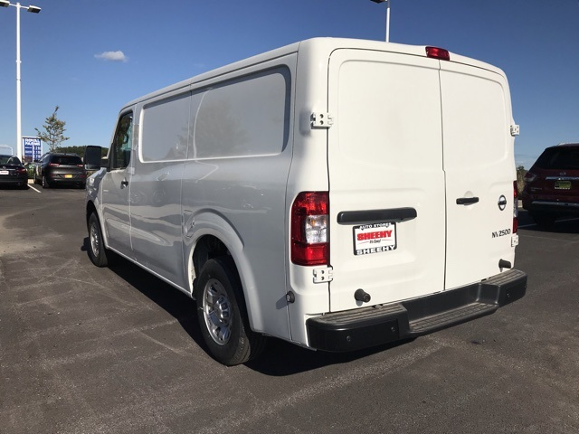 2019 NV2500 Standard Roof 4x2,  Empty Cargo Van #U802468 - photo 5