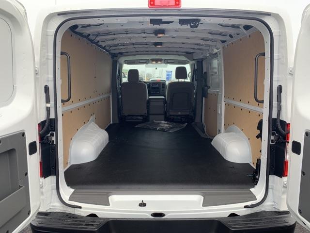 2019 NV2500 Standard Roof 4x2,  Empty Cargo Van #U803209 - photo 1