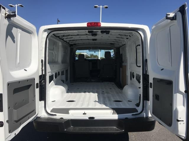 2020 Nissan NV2500 Standard Roof 4x2, Empty Cargo Van #U809577 - photo 1