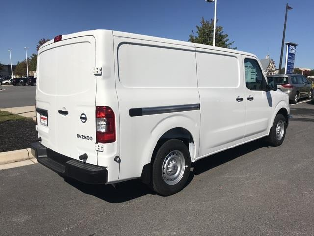2020 Nissan NV2500 Standard Roof 4x2, Empty Cargo Van #U809577 - photo 4