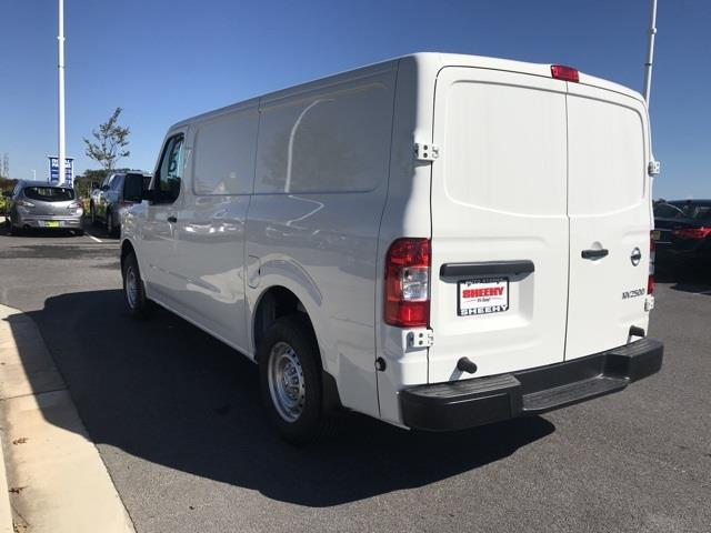 2020 Nissan NV2500 Standard Roof 4x2, Empty Cargo Van #U809577 - photo 6