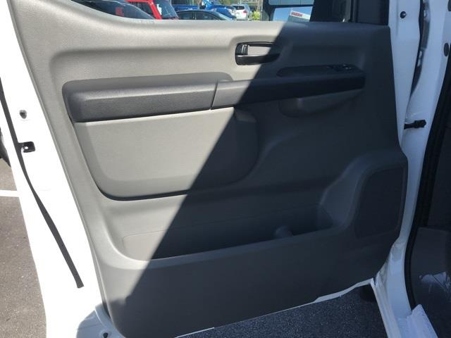 2020 Nissan NV2500 Standard Roof 4x2, Empty Cargo Van #U811364 - photo 12