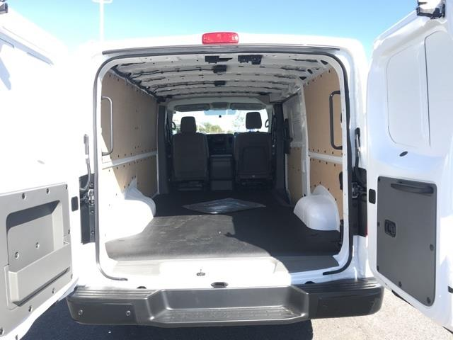 2020 Nissan NV2500 Standard Roof 4x2, Empty Cargo Van #U811364 - photo 1