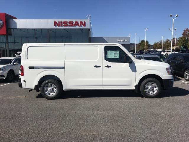 2020 Nissan NV2500 Standard Roof 4x2, Empty Cargo Van #U811364 - photo 4
