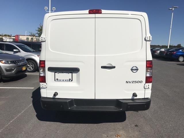 2020 Nissan NV2500 Standard Roof 4x2, Empty Cargo Van #U811364 - photo 5