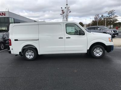 2020 Nissan NV2500 Standard Roof 4x2, Empty Cargo Van #U811553 - photo 3