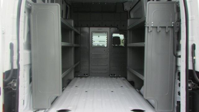 2018 NV2500 High Roof 4x2,  Empty Cargo Van #U817836 - photo 13