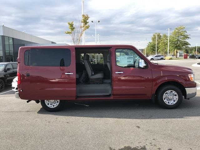 2020 Nissan NV3500 4x2, Passenger Wagon #U850448 - photo 18