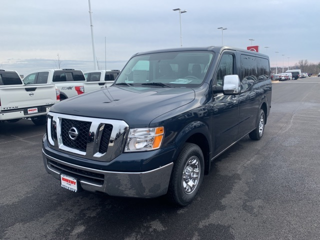 2019 NV3500 Standard Roof 4x2,  Passenger Wagon #U850837 - photo 4