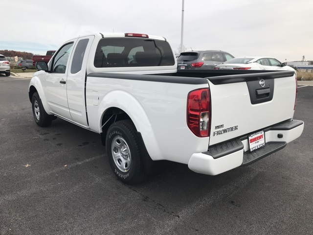 2019 Frontier King Cab 4x2, Pickup #U876713 - photo 2