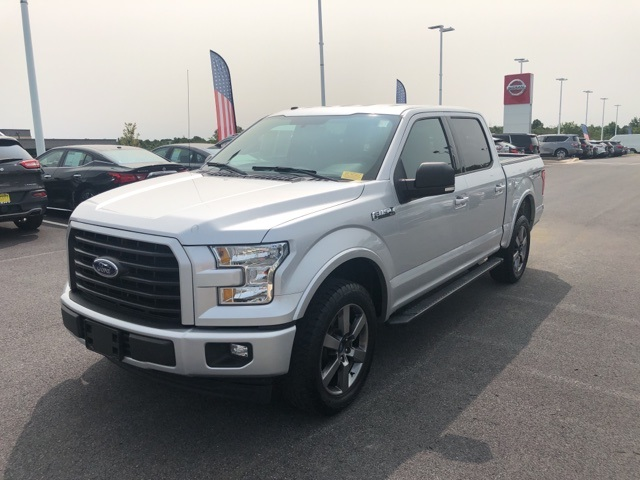 2017 Ford F-150 SuperCrew Cab 4x4, Pickup #UP3636 - photo 4