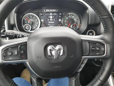 2019 Ram 1500 Crew Cab 4x4, Pickup #UR3407 - photo 15