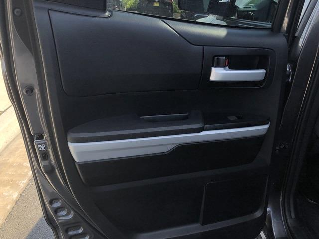 2019 Toyota Tundra 4x4, Pickup #UZ4024 - photo 12