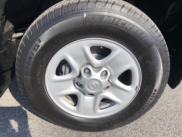 2019 Toyota Tundra 4x4, Pickup #UZ4024 - photo 9