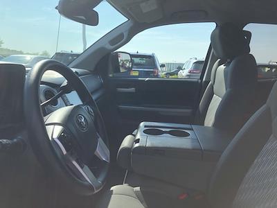 2019 Toyota Tundra 4x4, Pickup #UZ4024 - photo 11