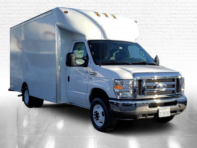 2018 Ford E-350 4x2, Cutaway Van #E196092A - photo 1