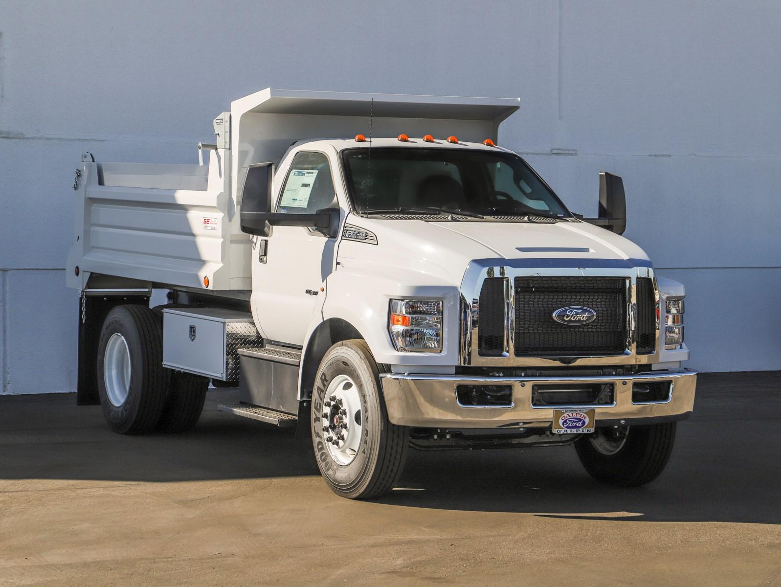 2021 Ford F-650 Regular Cab DRW 4x2, Scelzi Dump Body #E210034 - photo 1