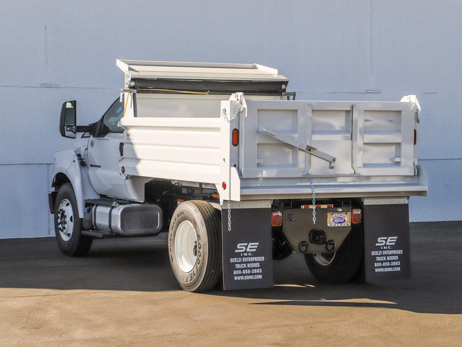 2021 Ford F-650 Regular Cab DRW 4x2, Scelzi Dump Body #E210034 - photo 2