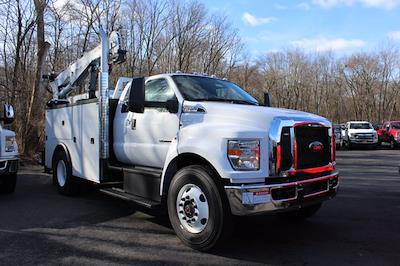 2021 Ford Open Service Utility 11 FT Crane Super Cab F750 #211111 - photo 1