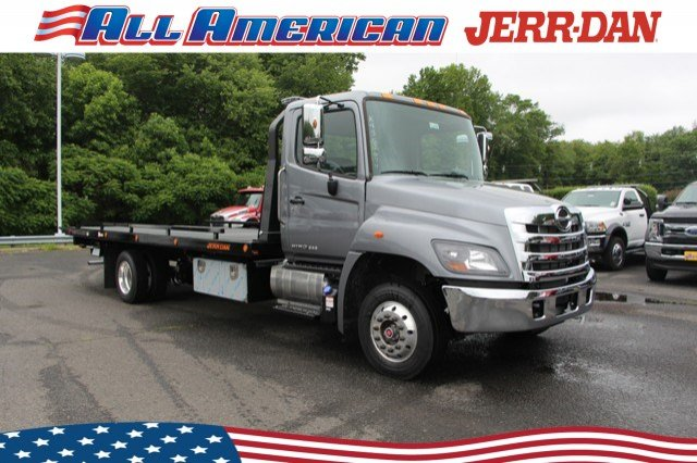 2019 Hino Truck Single Cab, Jerr-Dan Rollback Body #19J090 - photo 1