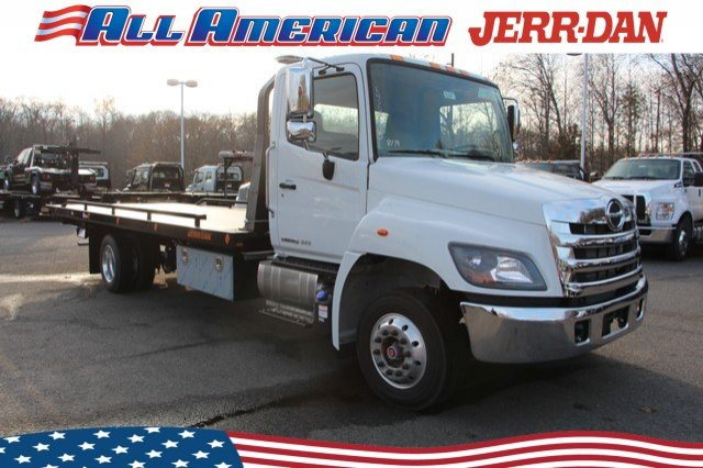 2020 Hino Truck Single Cab, Jerr-Dan Rollback Body #20J007 - photo 1