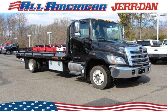 2020 Hino Truck, Jerr-Dan Rollback Body #20J016 - photo 1