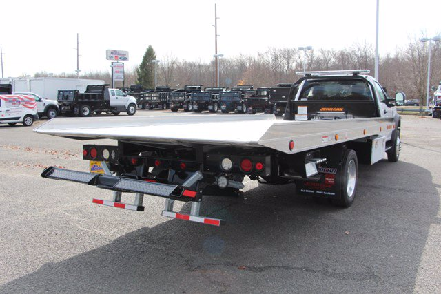 2020 Ford F-550 Regular Cab DRW 4x4, Rollback Body #20J116 - photo 1