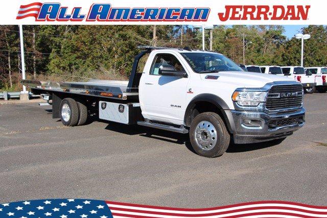 2020 Ram 5500 Regular Cab DRW 4x4, Jerr-Dan Rollback Body #20J120 - photo 1