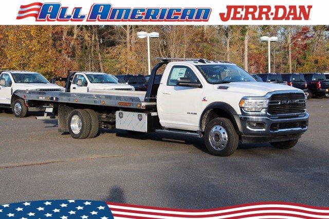 2020 Ram 5500 Regular Cab DRW 4x4, Rollback Body #20J149 - photo 1