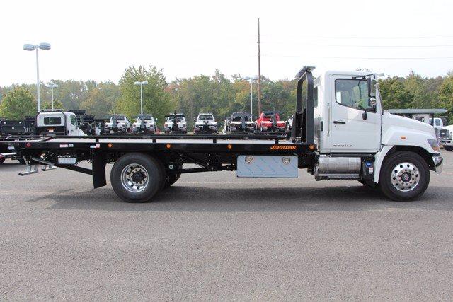 2021 Hino Truck, Cab Chassis #21J032 - photo 1