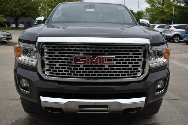 2019 Canyon Crew Cab 4x4,  Pickup #B11435 - photo 3