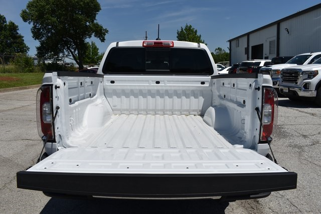 2019 Canyon Crew Cab 4x4,  Pickup #B11476 - photo 16
