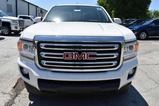 2019 Canyon Crew Cab 4x4,  Pickup #B11476 - photo 3
