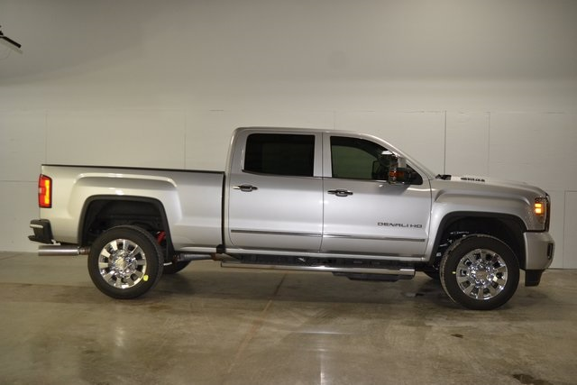 2019 Sierra 2500 Crew Cab 4x4,  Pickup #B11589 - photo 3