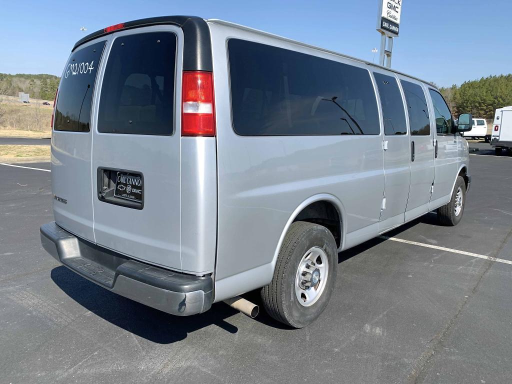 2020 Chevrolet Express 3500 4x2, Passenger Wagon #GM21004 - photo 1