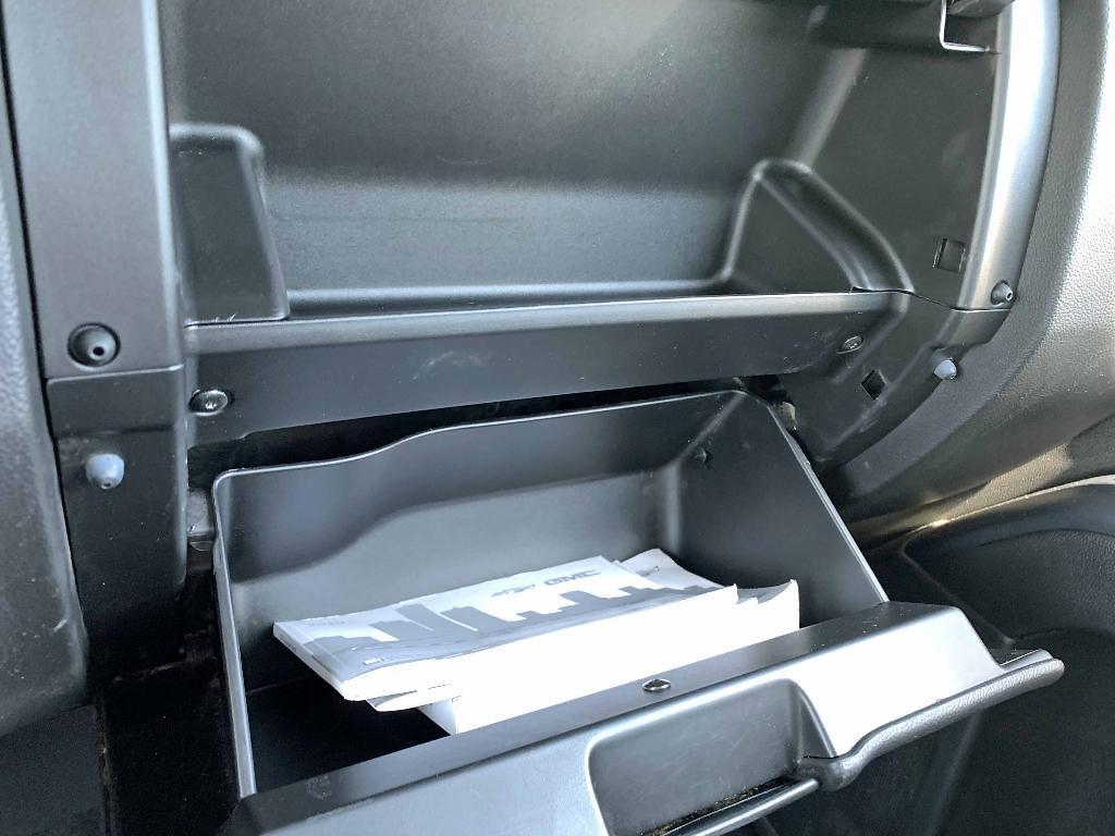 2019 Chevrolet Silverado 3500 Crew Cab 4x4, Platform Body #GM21028 - photo 16