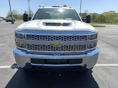 2019 Chevrolet Silverado 3500 Crew Cab 4x4, Platform Body #GM21028 - photo 3