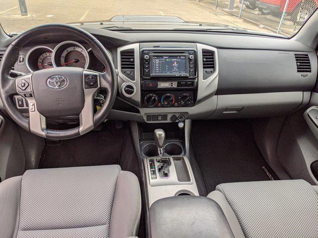 2014 Toyota Tacoma Double Cab 4x4, Pickup #EM071916 - photo 18