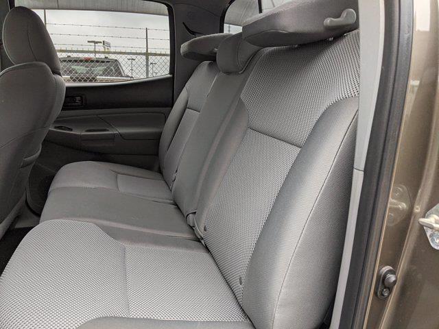 2014 Toyota Tacoma Double Cab 4x4, Pickup #EM071916 - photo 19