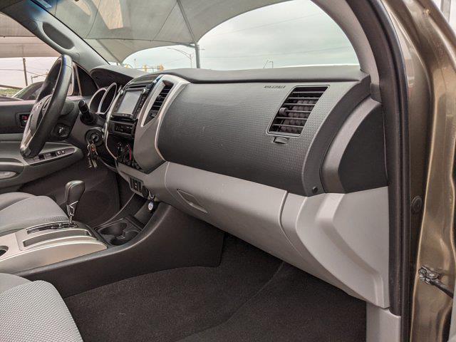 2014 Toyota Tacoma Double Cab 4x4, Pickup #EM071916 - photo 22