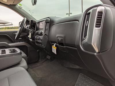 2016 Chevrolet Silverado 1500 Crew Cab 4x2, Pickup #GG112988 - photo 19