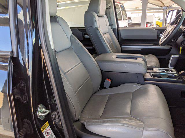 2017 Toyota Tundra Crew Cab 4x4, Pickup #HX589855 - photo 18